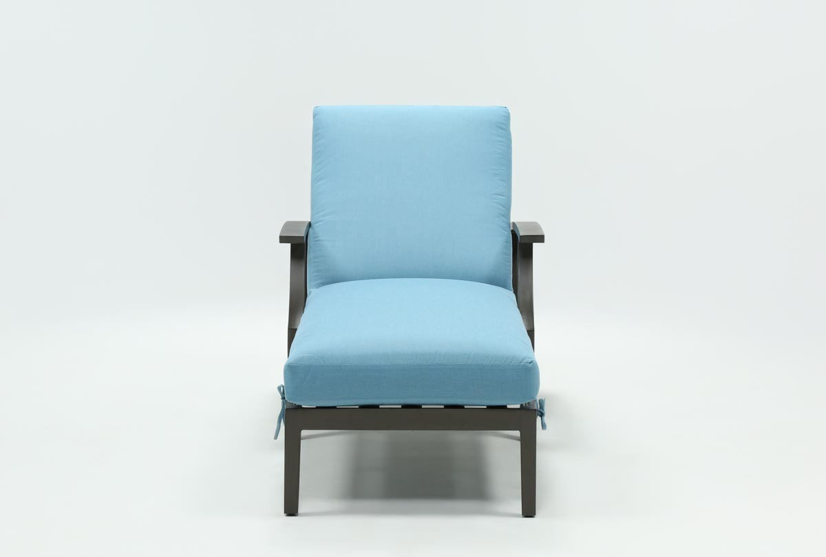 Outdoor martinique ii aqua chaise lounge living spaces for Aqua chaise lounge