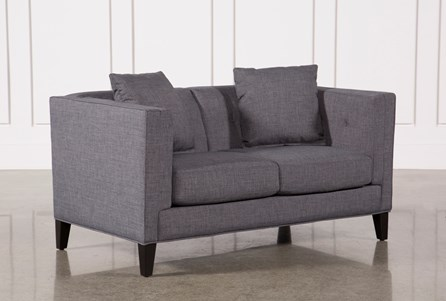 Display product reviews for BRENNAN LOVESEAT