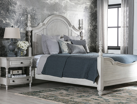 traditional bedroom with kincaid bed