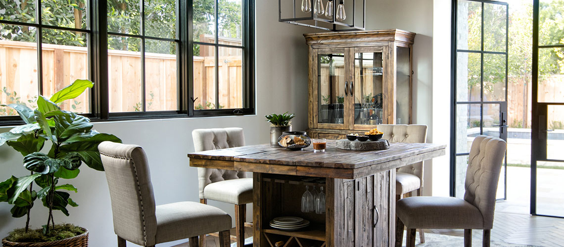 Swell How To Style A Home Bar And Bar Cart With Bar Decor Living Download Free Architecture Designs Momecebritishbridgeorg
