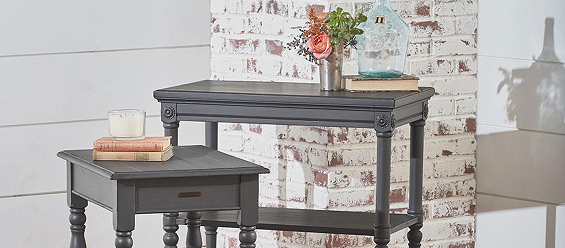accent table decor