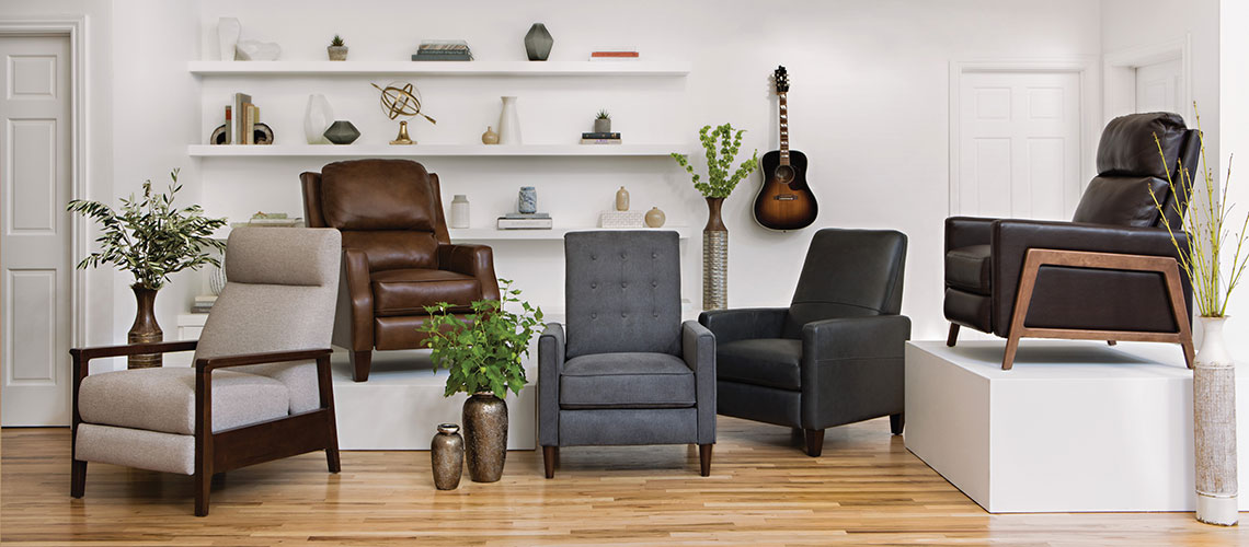 Awesome How To Find The Perfect Recliner For A Small Space Living Home Interior And Landscaping Eliaenasavecom