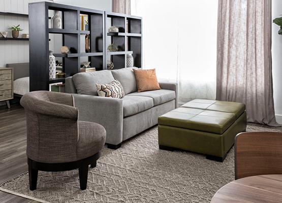 A Modern Bachelorette Studio Living