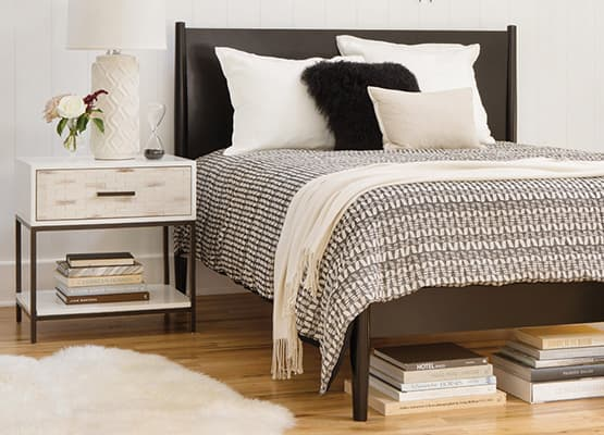 Panel Bed Vs Platform Bed Whats The Difference Living Spaces