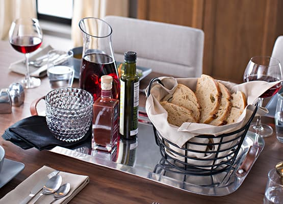 Modern Dining tablescape