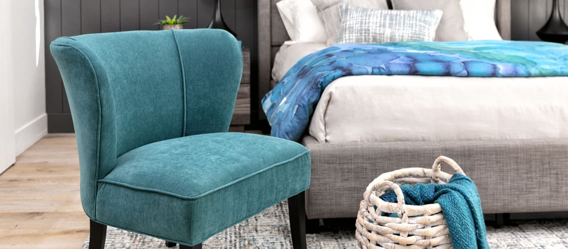 Bedroom Chair Ideas to Keep You Dreamin\' in Style | Living ...