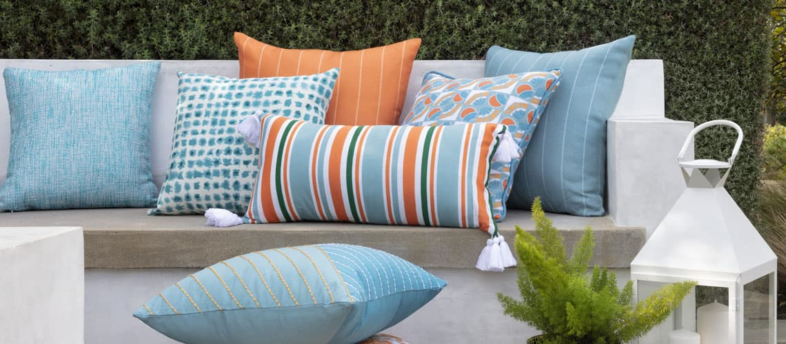 0923_Balcony_Pillows