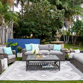 how to keep outdoor furniture clean