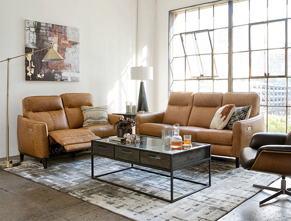 Country Rustic Living Room With Torben Brown Leather Reclining Sofa W Usb