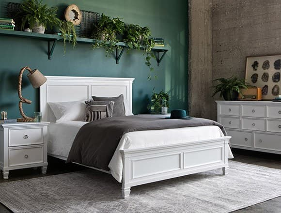 Boho Bedroom with Albany Queen Panel Bed