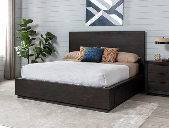 Modern Bedroom with Pierce Queen Panel Bed W/Storage