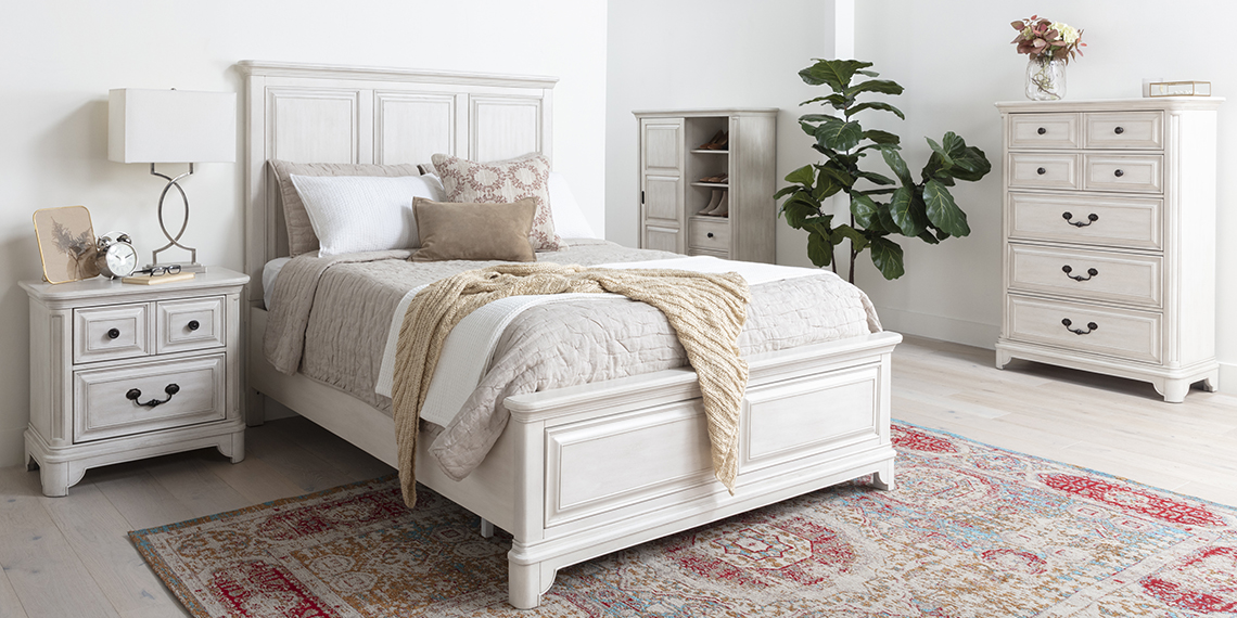 traditional Bedroom with Kincaid California King Panel Bed