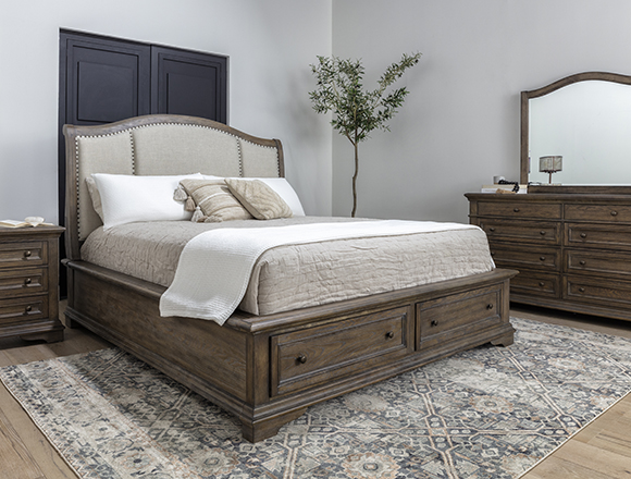 traditional Bedroom with Chapman Queen Sleigh Bed
