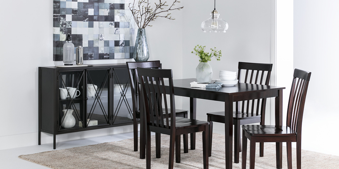 Transitional Dining Room with Carson II Set