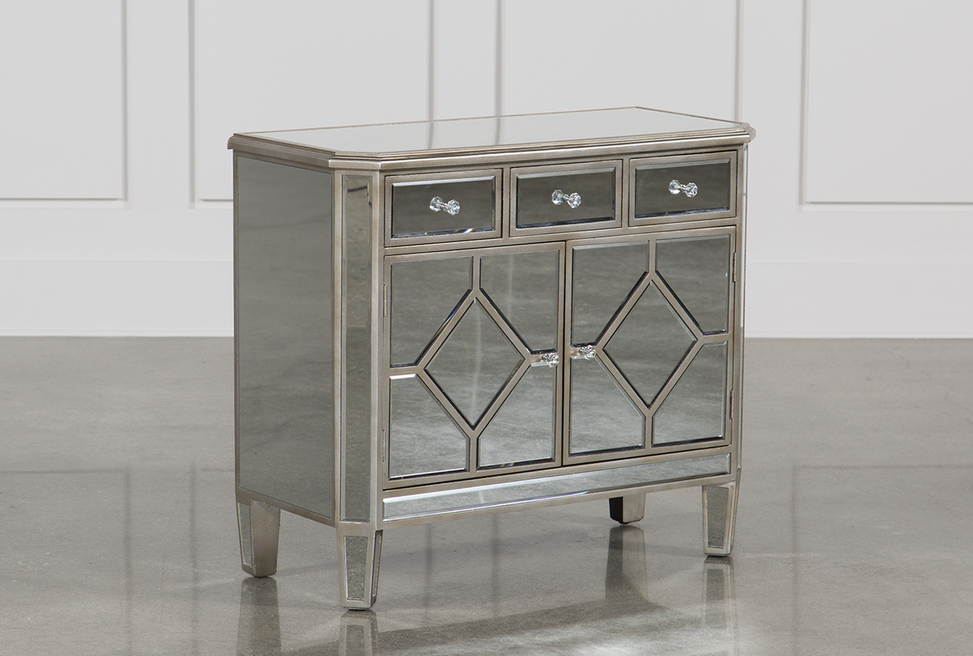 Merveilleux Hayworth Mirrored Chest Of Drawers (Qty: 1) Has Been Successfully Added To  Your Cart.