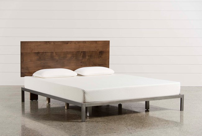 Larson California King Platform Bed - 360