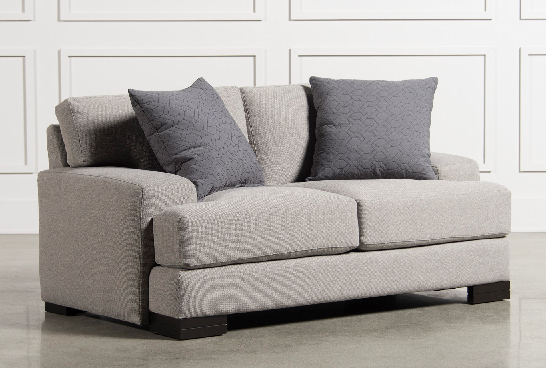 Aidan loveseat qty 1 has been successfully added to your cart