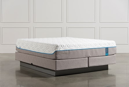 Tempur-Pedic Cloud Luxe California King Mattress W/Foundation