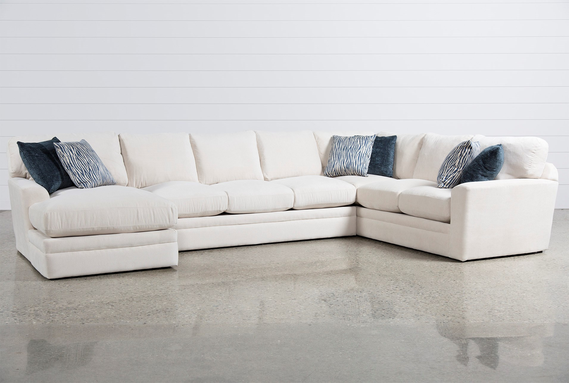 Glamour II 3 Piece Sectional | Living Spaces