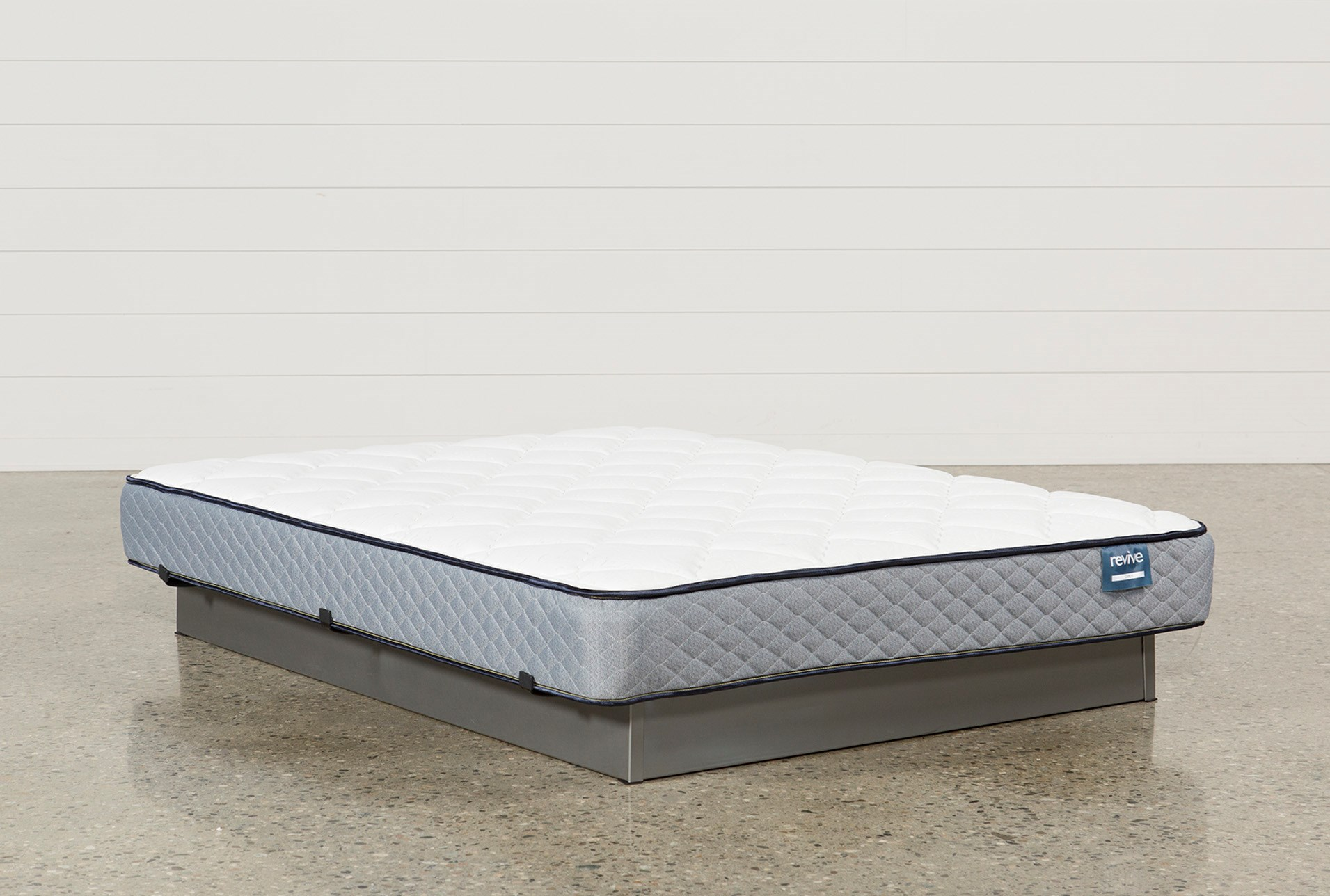 carly twin mattress living spaces