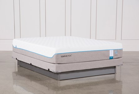 Tempur-Pedic Cloud Supreme Breeze 2.0 Queen Mattress W/Low Foundation