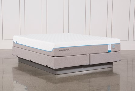 Tempur-Pedic Cloud Supreme Breeze 2.0 Eastern King Mattress W/Foundation