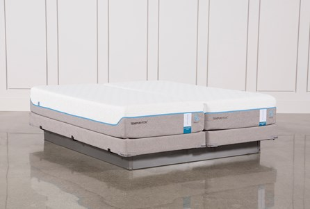 Tempur-Pedic Cloud Supreme Breeze 2.0 Cal King Split Mattresses W/Low Foundation