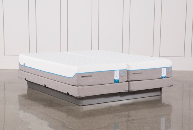 Tempur-Pedic Cloud Supreme Breeze 2.0 Cal King Split Mattresses W/Low Foundation - 360