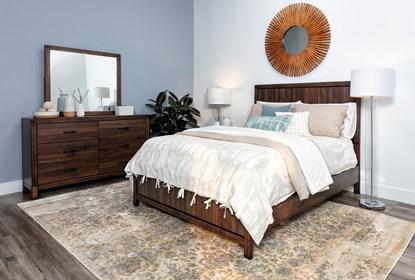 Willow Creek Eastern King 4 Piece Bedroom Set