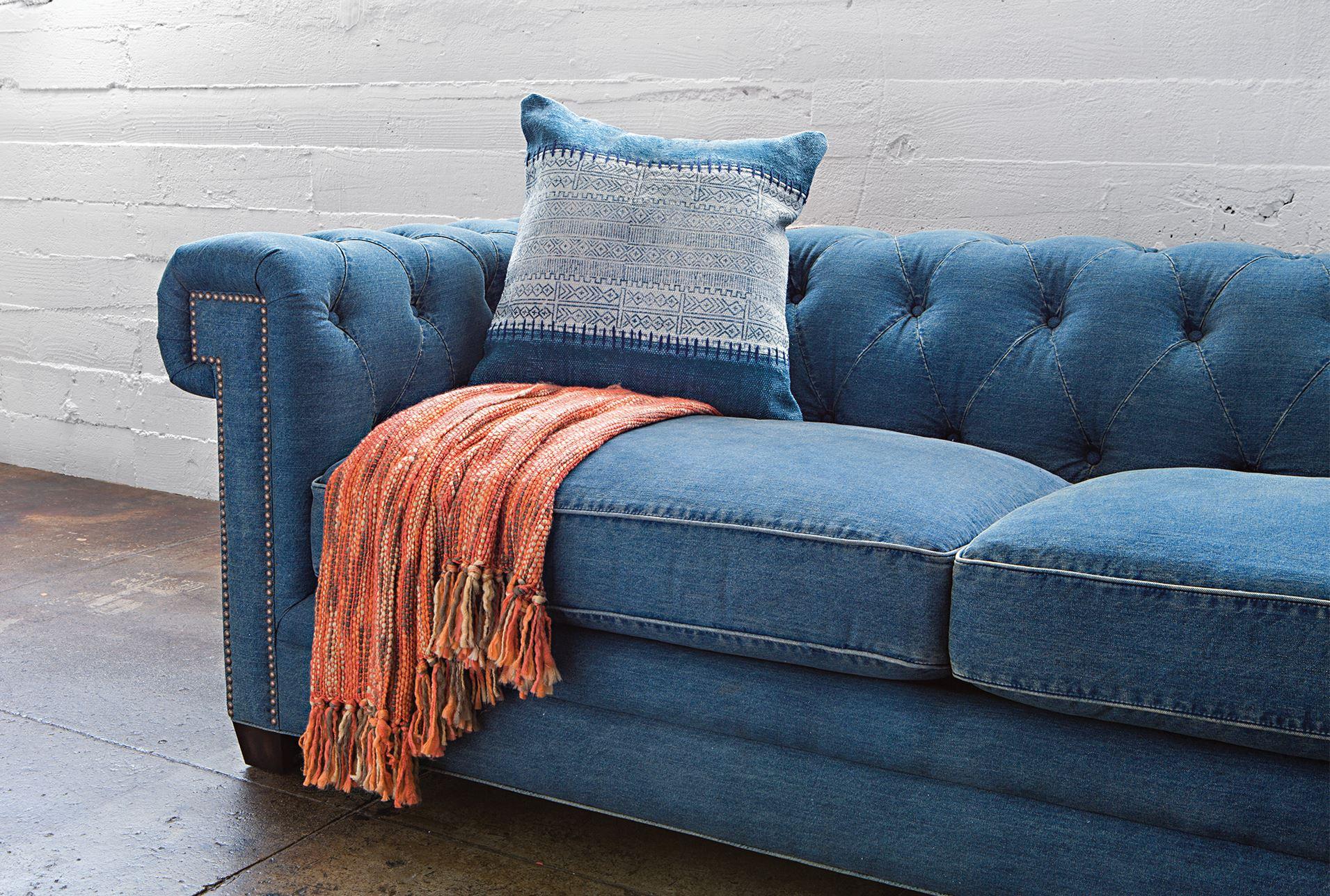 Merveilleux Denim Tufted Sofa   360 Elements