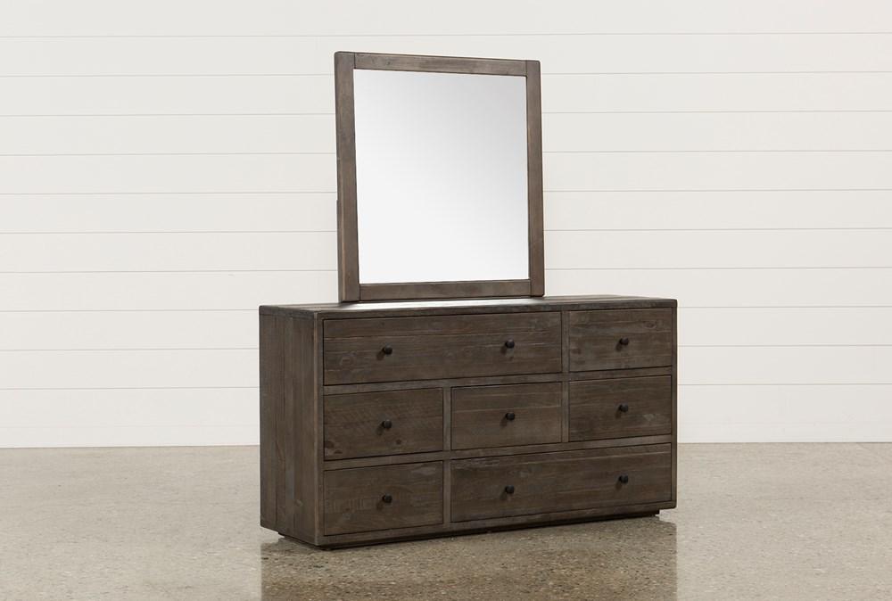 Dylan Dresser/Mirror