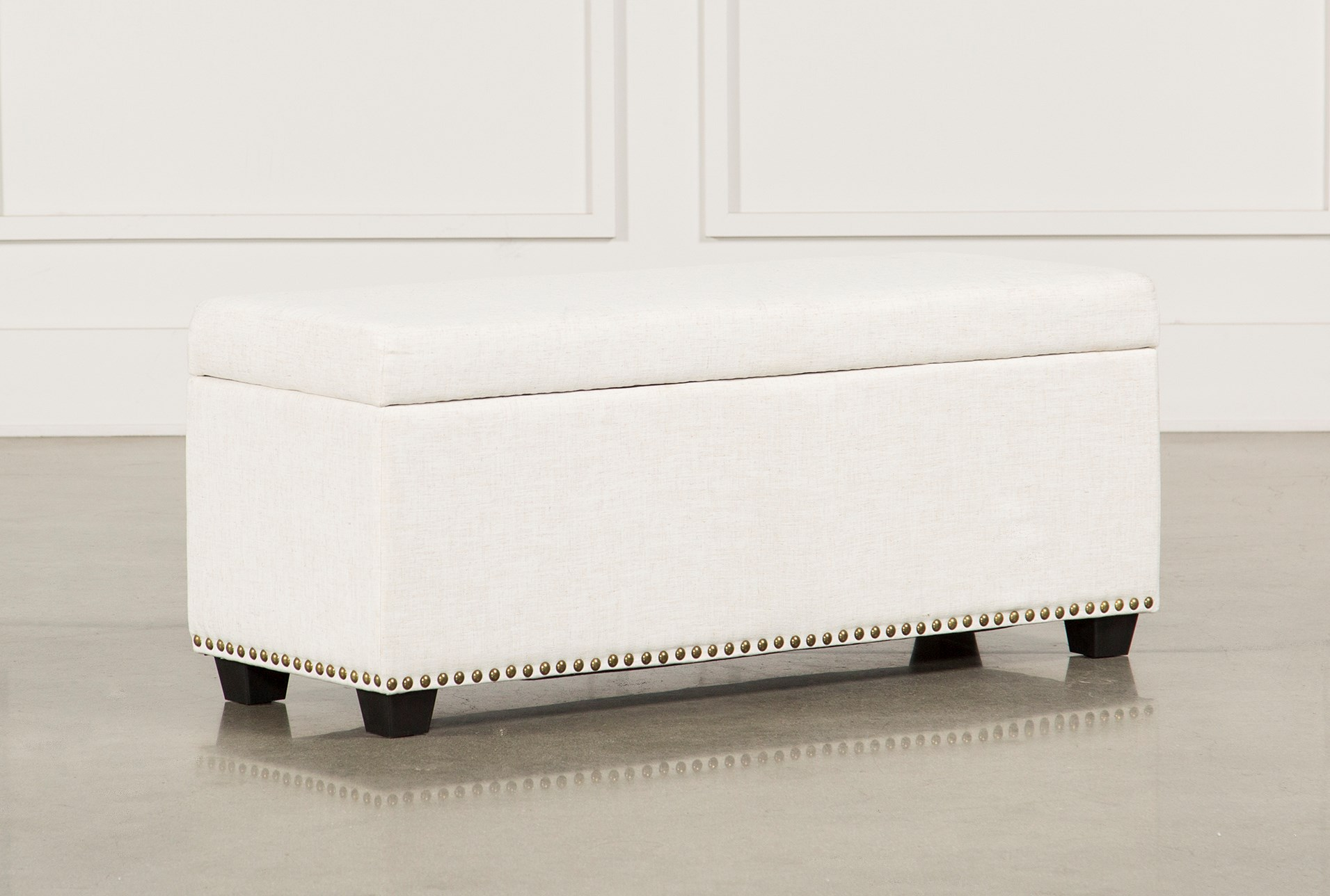 Bedroom Benches for Your Bedroom | Living Spaces