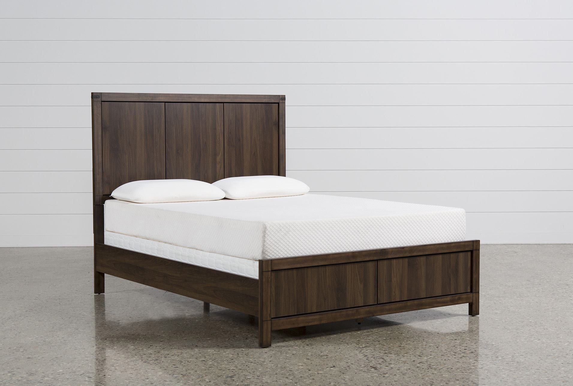Willow Creek Eastern King Panel Bed Living Spaces