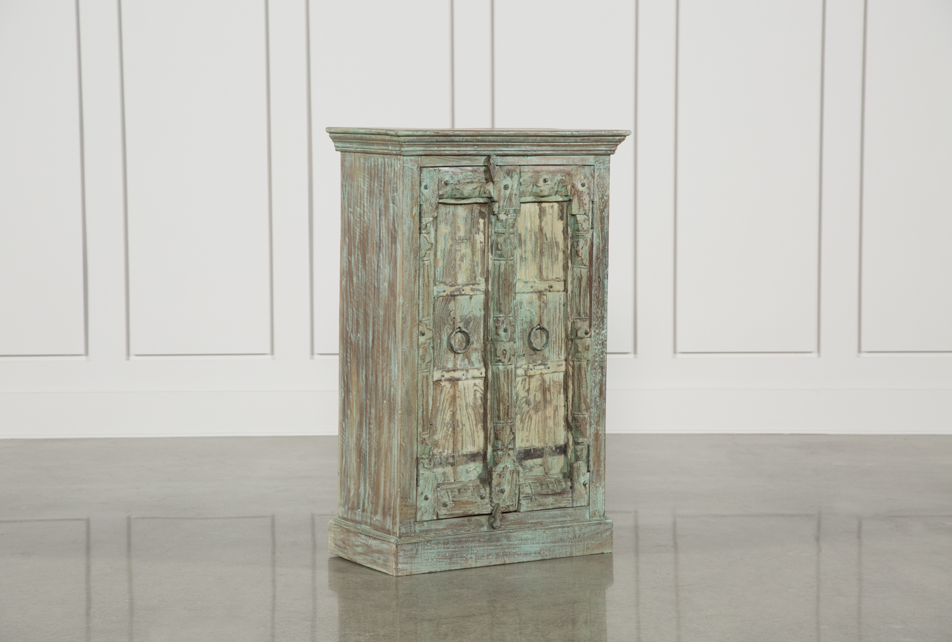 Incroyable Small Accent Cabinet   360