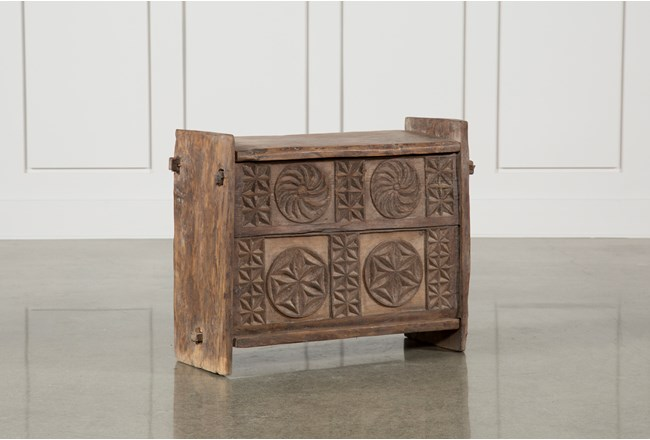35 Inch Carved Box - 360