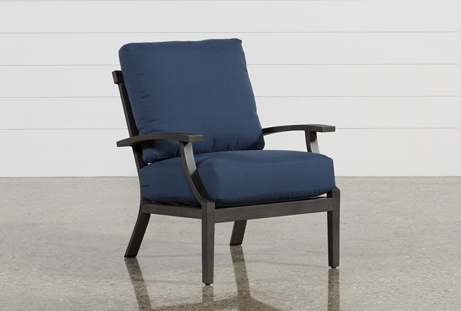 Outdoor Martinique Navy Lounge Chair - 360