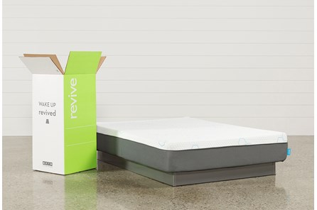 R2 Plush Queen Mattress - Main