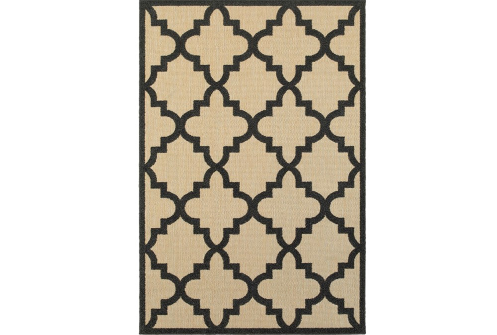 36X65 Outdoor Rug-Black  Quatrefoil