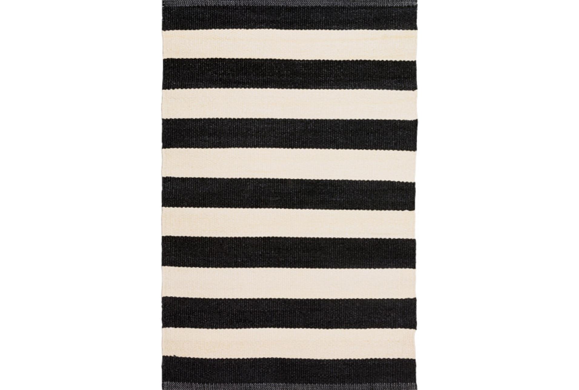 60x96 Outdoor Rug Black White Cabana Stripe