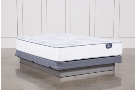 Coralview Plush Queen Mattress W/Low Profile Foundation
