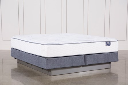 Coralview Plush Eastern King Mattress W/Foundation