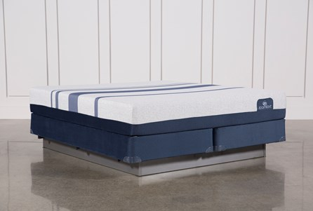 Blue 500 Eastern King Mattress W/Foundation
