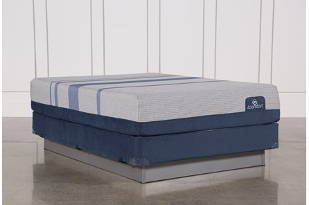 Blue Max 1000 Plush Queen Mattress W/Foundation - Main