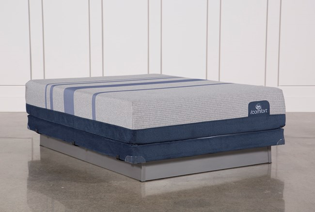 Blue Max 1000 Plush Queen Mattress W/Low Profile Foundation - 360