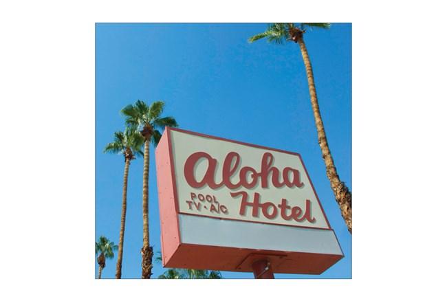 Picture-Aloha Hotel 24X24 - 360