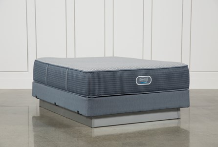 Ventura Plush Queen Mattress W/Foundation