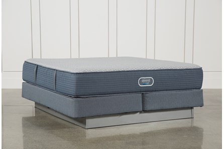 Ventura Plush Eastern King Mattress W/Foundation - Main