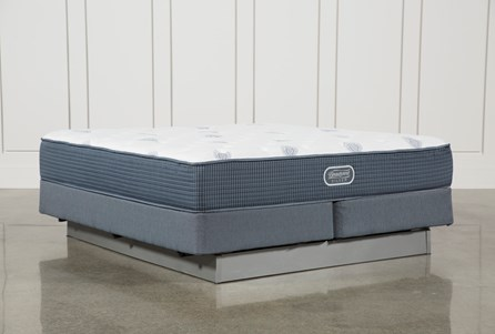 Palm Springs Plush Eastern King Mattress W/Foundation