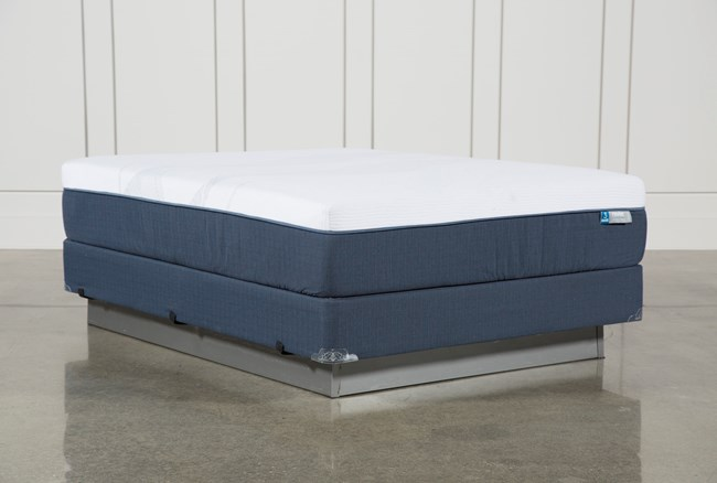 Blue Hybrid Plush Queen Mattress W/Foundation - 360