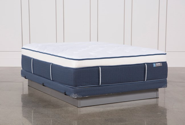 Blue Springs Plush Queen Mattress W/Low Profile Foundation - 360
